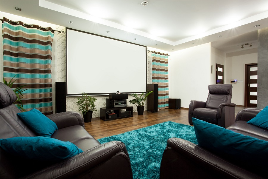 3 Ways a Home Theater Beats Going to the Movies